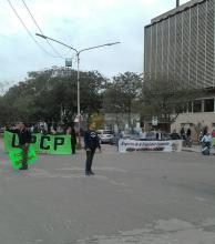 Continúa la protesta de estatales en varios puntos de la ciudad