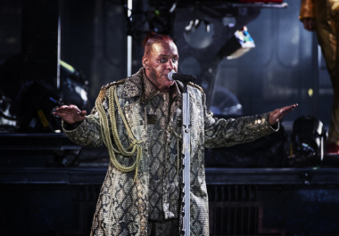 El vocalista de Rammstein, Till Lindemann, está en cuidados intensivos por coronavirus