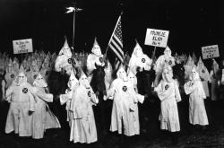 supremacistas blancos2.png