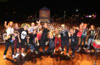 Los Tipitos y Auténticos Decadentes cerraron la cuarta fecha del Personal Fest en Corrientes