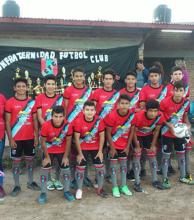 Confraternidad Fútbol Club presentó su equipo deportivo