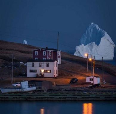 iceberg5.jpg