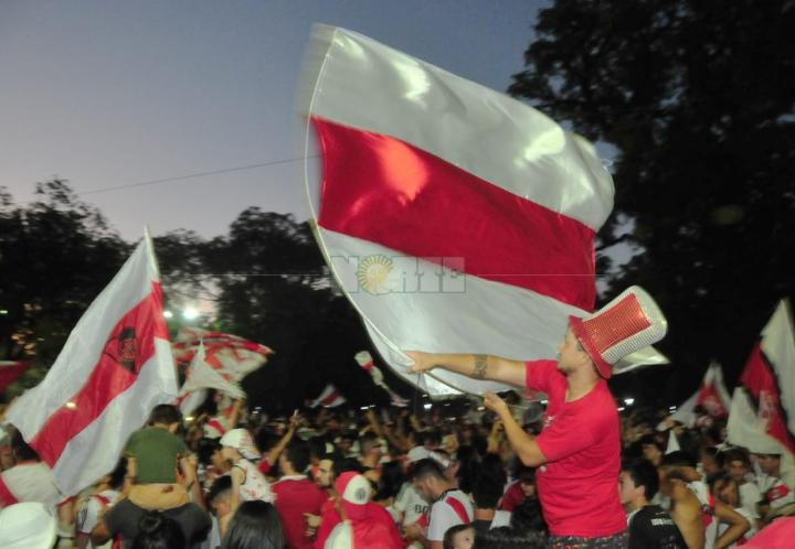 Festejos en Resistencia por el nuevo título de River Plate