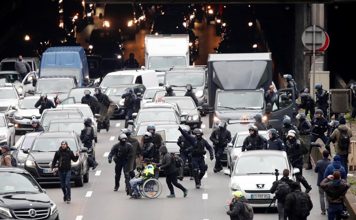Francia-primera movilizacion 1.jpg