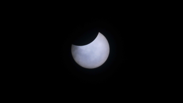 Imágenes del eclipse solar en Resistencia
