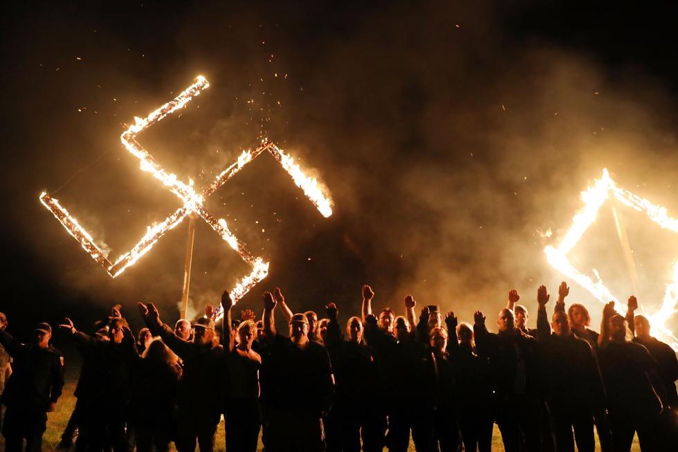 supremacistas blancos1.jpg