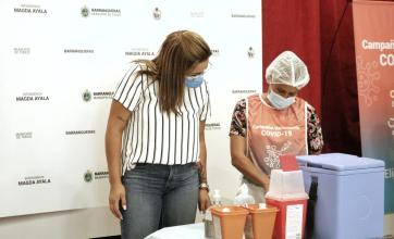 Día histórico en Barranqueras: comenzó la vacunación para los abuelos mayores de 80 años