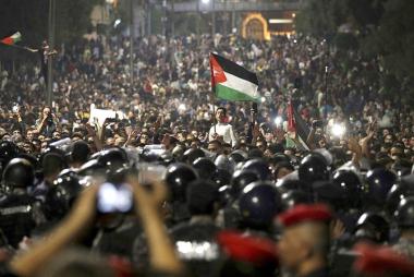 JORDANIA-JORDAN-PROTESTS.jpg