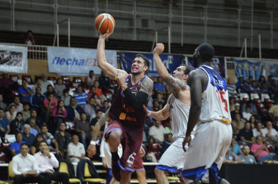 Salta Basket-Villa San Martín 2.jpg