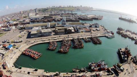 Hallaron el cuerpo de un hombre flotando en el puerto de Mar del Plata