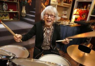 Murió a los 107 años Viola Smith, pionera entre las mujeres bateristas