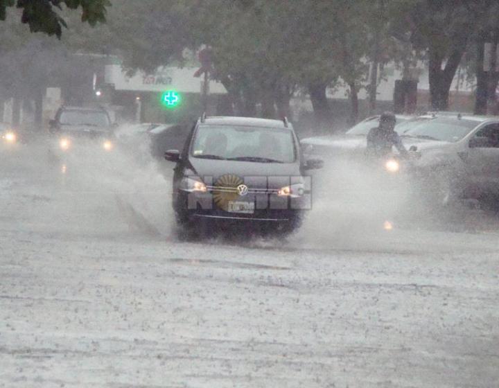 Intensa lluvia en Resistencia