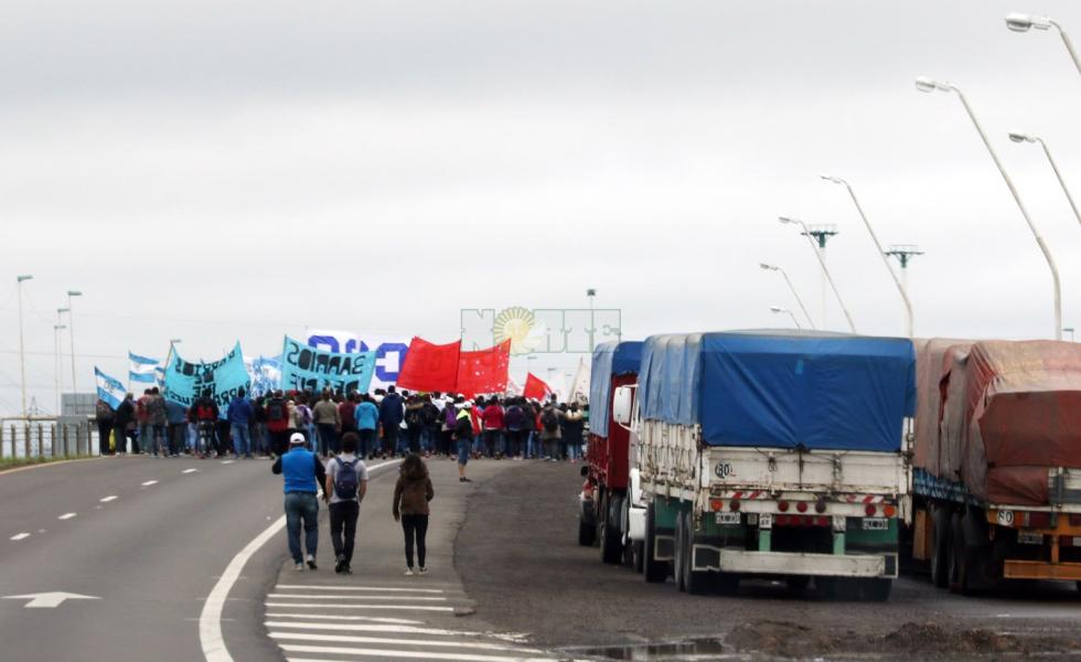 manifestacion puente 5.jpg