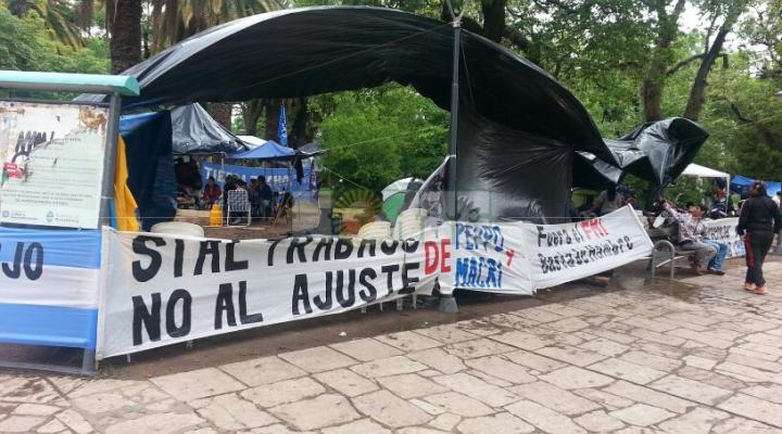 Corridas, represión policial y gases lacrimógenos en el centro