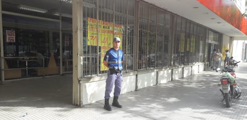 Policaminante.jpg