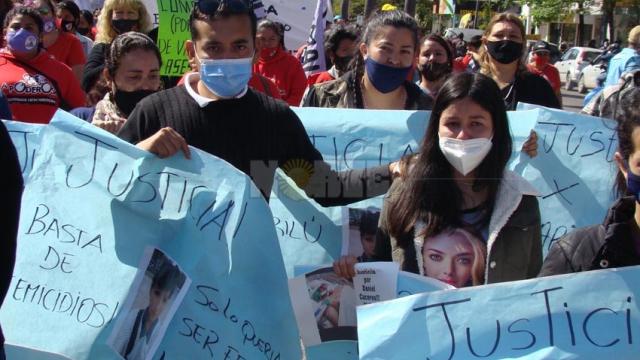 """Marcha por un femicidio más en Resistencia: """"Fallaron todos los organismos del Estado"""""""