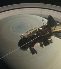 """Video: la sonda Cassini descubre un """"gran vacío"""" entre Saturno y sus anillos"""