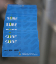 El martes 4 comienza la entrega gratuita de tarjetas SUBE en el Domo
