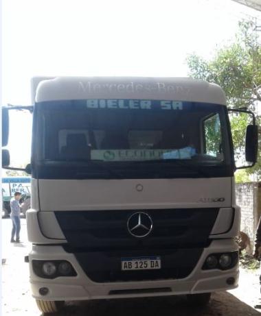 camion aplastado 2.JPG