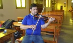 Murió el músico  Mariano Reyero, violinista del grupo Los Residentes