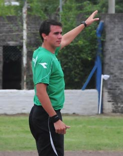 Gonzalezarbitro.jpg