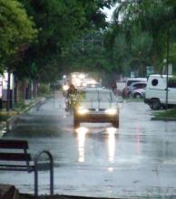 La lluvia se anticipó al fin de semana largo