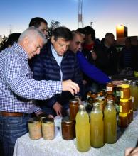 Los productos de Agricultura Familiar expuestos en una muestra en Coronel Du Graty