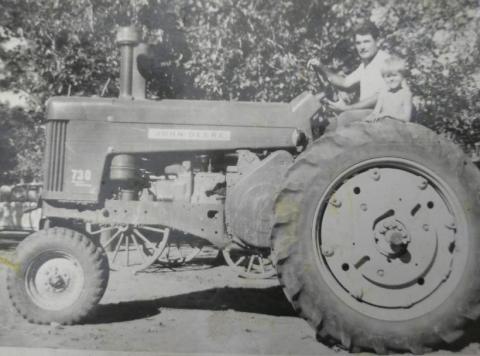 Alejandro-Gorobsov-tractor.jpg