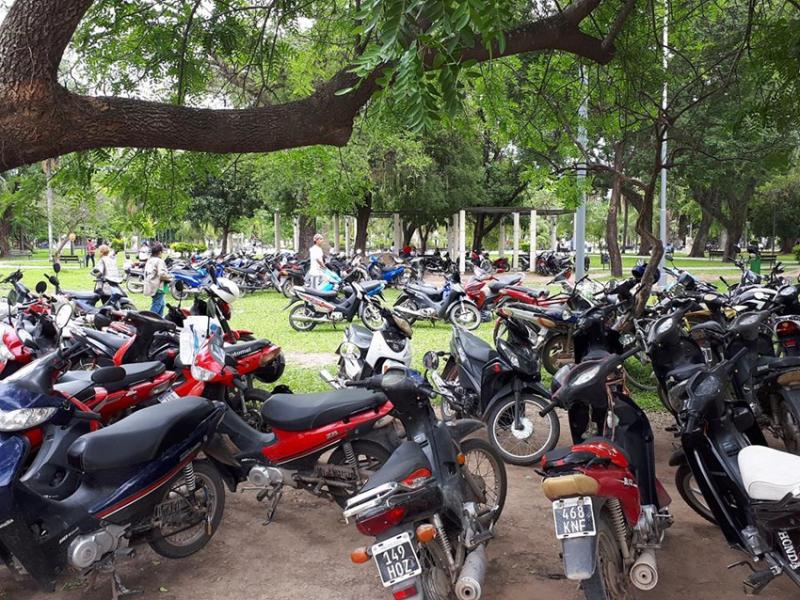 motos plaza.jpg