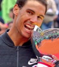 Nadal récord: primer tenista en ganar 10 veces un mismo torneo y en derribar la marca de Vilas