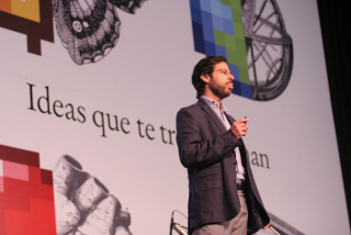 Axel Rivas.jpg