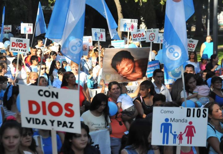 Líderes católicos y evangélicos reiteraron su oposición a la legalización del aborto