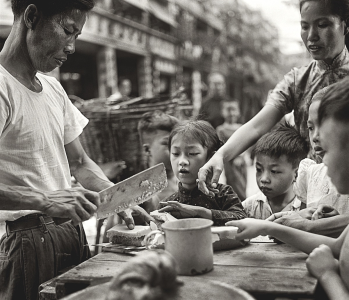 Fan-Ho-Cant-Wait貪嘴-Hong-Kong-1950s-and-60s-courtesy-of-Blue-Lotus-Gallery.jpg