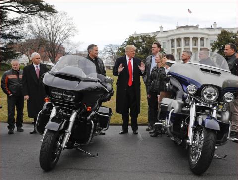 Trump motos.jpg