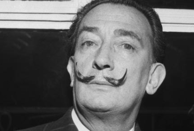 Ordenaron exhumar el cadáver de Salvador Dalí por una demanda de paternidad